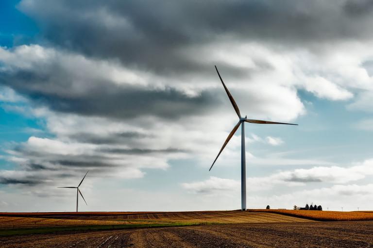 wind-farm-1747331_1920