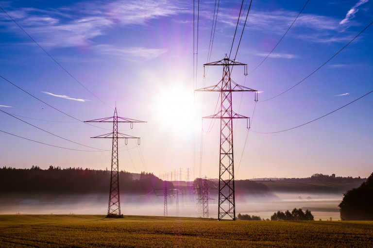 power-poles-503935_1280