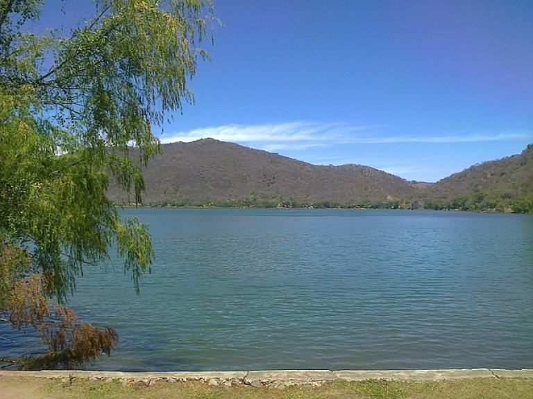 laguna-99688_640